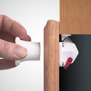 Child-Safe Magnetic Lock